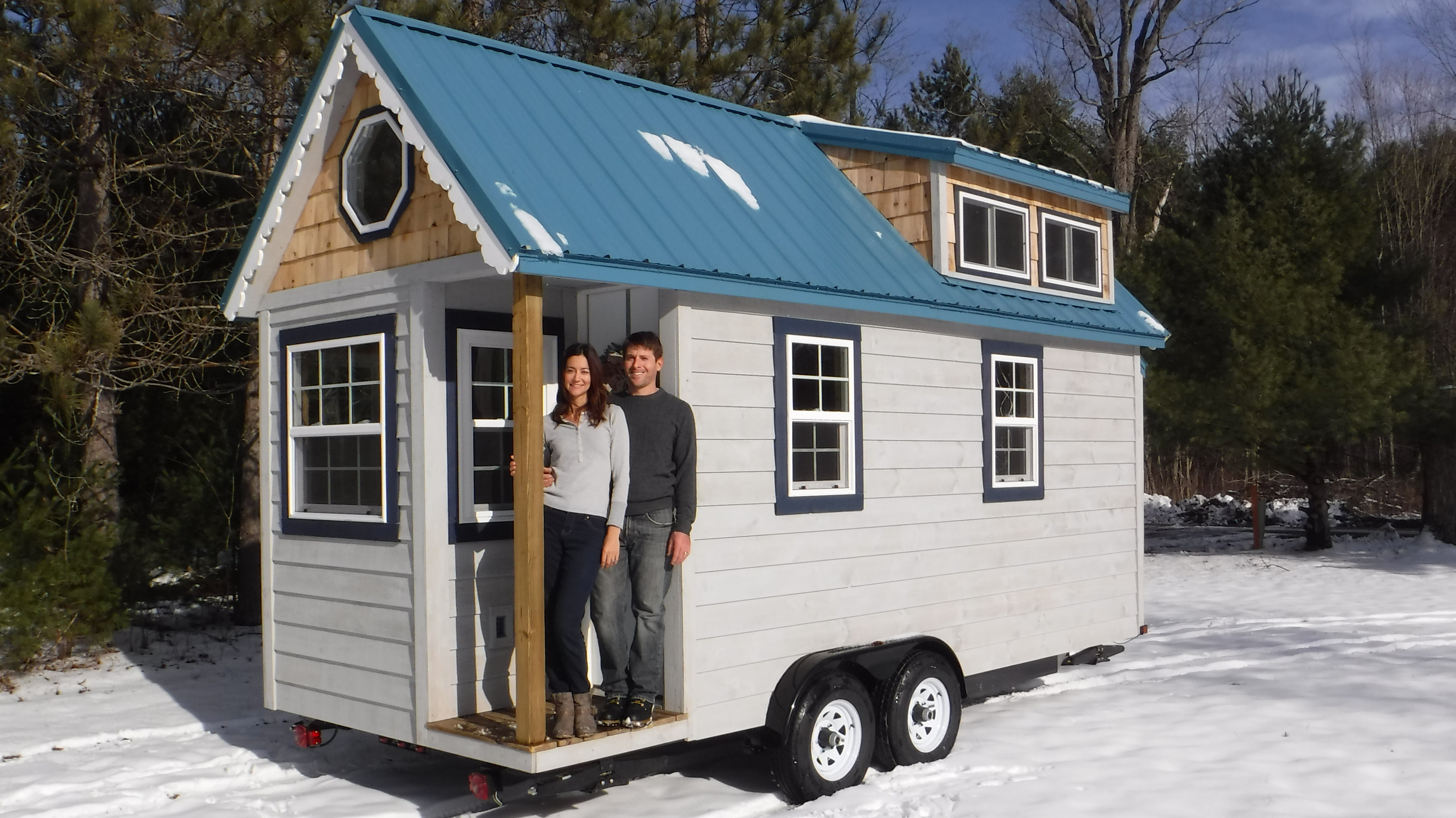 Tiny House Exterior – Complete!